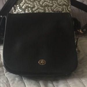 Vintage Coach 9525 black leather stewardess bag!